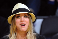 Kaley Cuoco – Laker's Game