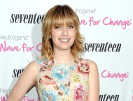 Emma Roberts – Seventeen Magazine Pretty Amazing Finalist Luncheon in New York – June 18, 2012