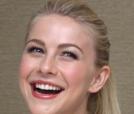 Julianne Hough – Photocall 'Rock of Ages'