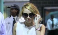 Miley Cyrus – New Orleans Airport – June 7, 2012
