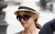 Jennifer Lawrence – Shopping candids in Paris – July 3, 2012