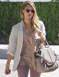 Jessica Alba – Heading To Katsuya In LA – August 27, 2012
