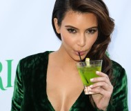 Kim Kardashian – The Midori Makeover Parlour event in Santa Monica – 25 sep 2012