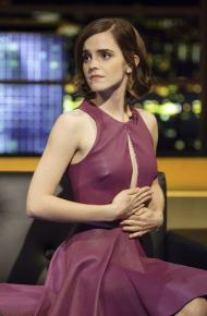 Emma Watson – TV Appearance in nice dress